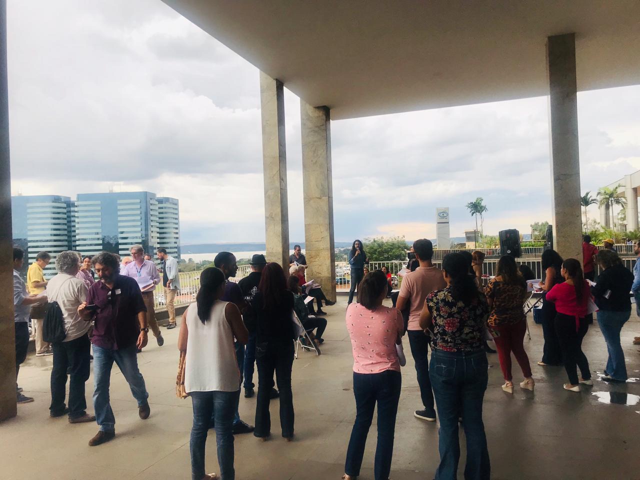 Evento do SindGCT reuniu servidores em frente ao prédio da CAPES