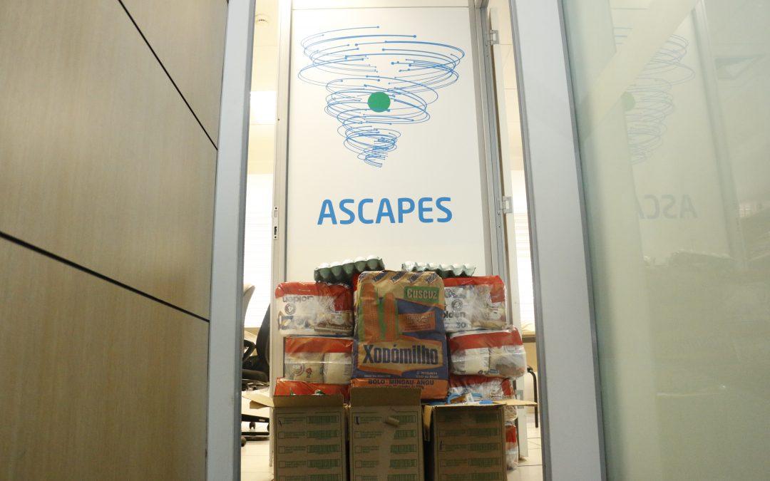 Associados doam cestas básicas para assistência social